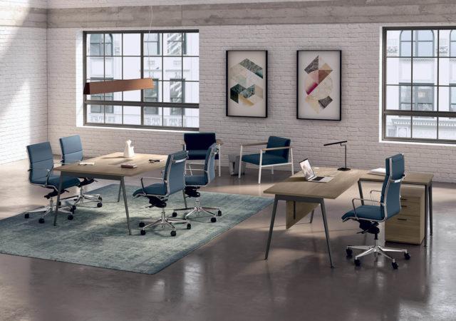 Konferenčna miza za direktorski kabinet