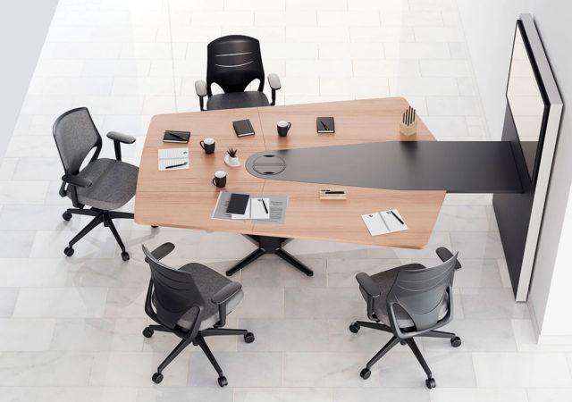 Dvižna miza Power s delovnimi stoli Efit