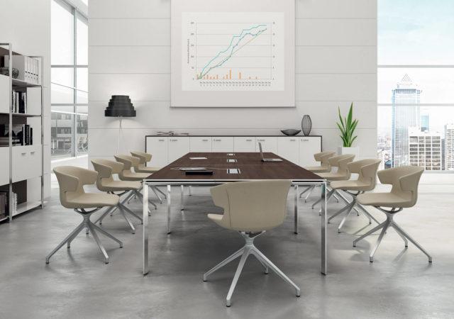 Sejna miza s stoli