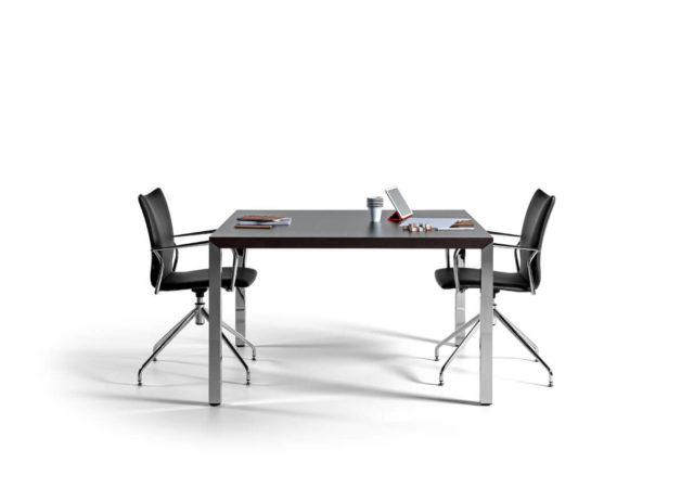 Konferenčna miza Prisma