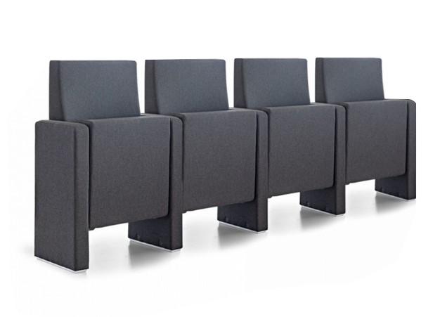 dvoranski stoli