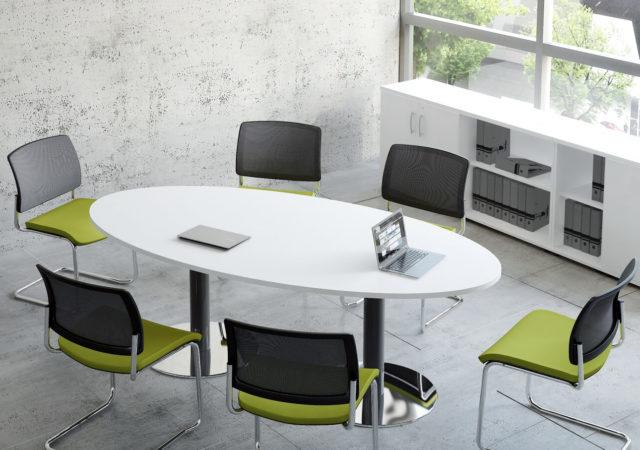 Ovalna konferenčna miza St